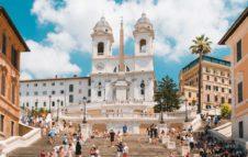 Trinità dei Monti, il balcone di Roma su piazza di Spagna
