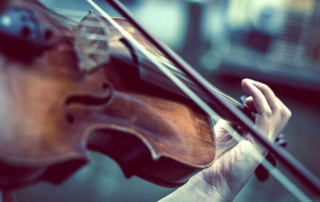 Jakub Hrůša dirige Sergey Khachatryan e l'Orchestra dell'Accademia di Santa Cecilia